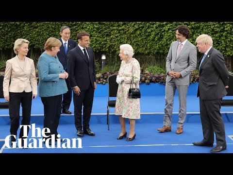 'Enjoying yourself': Queen jokes with G7 leaders in family photo