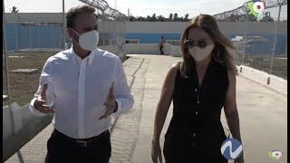 Nuria Piera conoce Nuevo Proyecto cárcel de Najayo junto al procurador Jean Alain Rodríguez