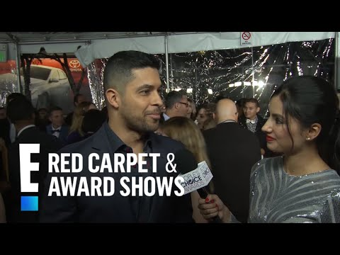 connectYoutube - Wilmer Valderrama - People's Choice Awards 2017 Live Red Carpet Interview