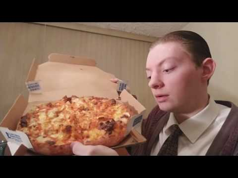 Domino's Buffalo Chicken Pizza - Food Review