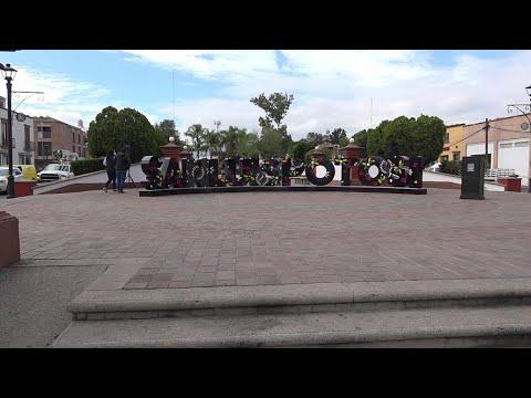 """Letras """"monumentales"""" ya se pueden observar en la Plaza del Milenio."""