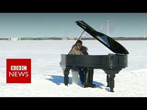 connectYoutube - Extreme piano on frozen Baltic Sea - BBC News