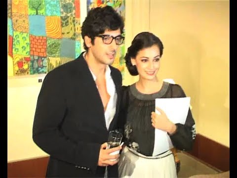Dia Mirza And Zayed Khan At Painting Exhibition