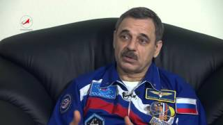 Первое интервью на Земле космонавта М. Корниенко