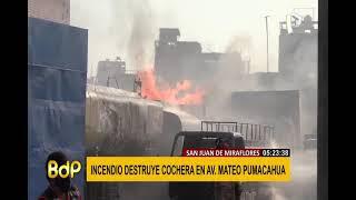 SJM: voraz incendio consumió cochera en avenida Mateo Pumacahua