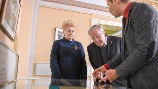 Prezidentė dalyvauja Lietuvos Nepriklausomybės Akto pristatymo renginyje Signatarų namuose