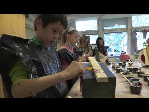Barnens holkar blir utställning i Bäckparken