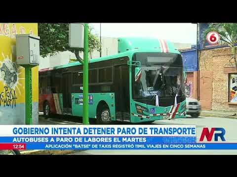 Autobuseros y taxistas llegan al CTP para confirmar paro de labores desde este martes