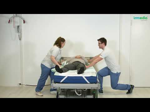 Turn the patient on their side using 4Directions In2Sheet