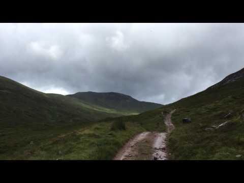 Video op YouTube: West Highland Way - Valleys Between Mountains