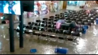 ???? Arequipa en emergencia: terminal terrestre colapsó por inundación