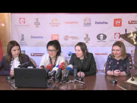 Women's World Chess Championship Match. Round 9 press-conference.