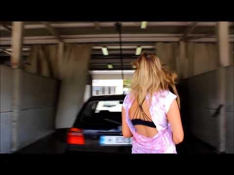 wetlooklegging highheels carwash impressions1
