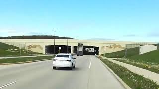 سائق شاحنة يتسبب بحادث مروع