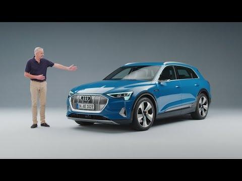 Motor journalist Martin Haven presenterer den første helelektriske Audi e-tron