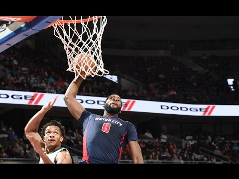 Andre Drummond Puts Up 20/20 Game