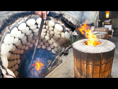 Most EXTREME Street Food CRABS in Malaysia – MONSTER CRAB COOKING (6 CRABS Cooked 3 Ways!!) in Ipoh!