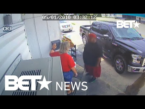 Customers Punch Restaurant Owner and Teenage Daughter Over Cold Chicken