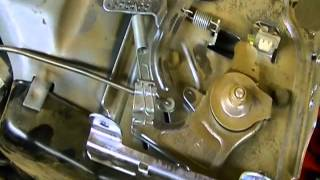 Small Engine Repair Carburetor Linkages On A Briggs Stratton 900 Series Horizontal You