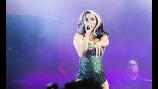 Cardi B offre son aide à Selena Gomez qui veut arrêter la musique