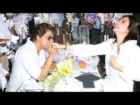 Shahrukh Khan & Anushka Sharma ROMANTIC Dinner Date | Jab Harry Met Sejal