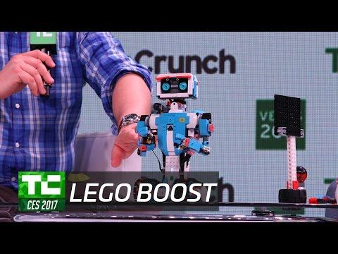LEGO Boost Teaches Kids to Build and Program at CES 2017