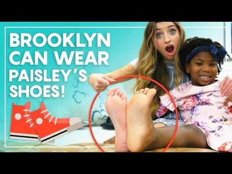 Brooklyn and Paisley's FEET Are the EXACT SAME SIZE?!? ?