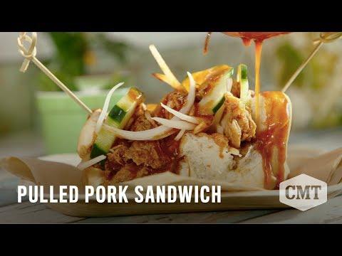 The Downtown Farmer: Pulled Pork Sandwich