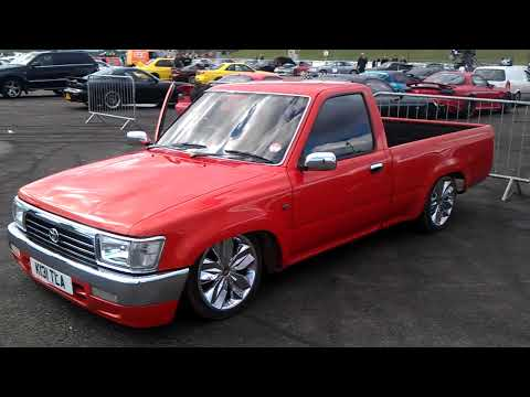Download youtube to mp3 toyota on air download youtube to mp3 1992 toyota hilux pickup air suspension demo sciox Images