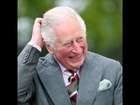 PHOTO – Le prince Charles souriant malgré la bombe lâchée par Harry: il fait...
