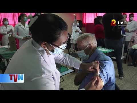 Pacientes vacunados contra la Covid-19 continúan aplicando medidas sanitarias