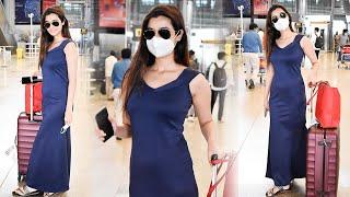 Actress Darshana Banik Exclusive Visuals @ Hyderabad Airport | Celebrities Airport Videos | TFPC - TFPC