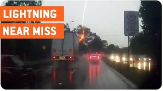 Lightning Strikes Tree   Traffic Jam