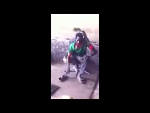 Video: Incredibly flexible person -