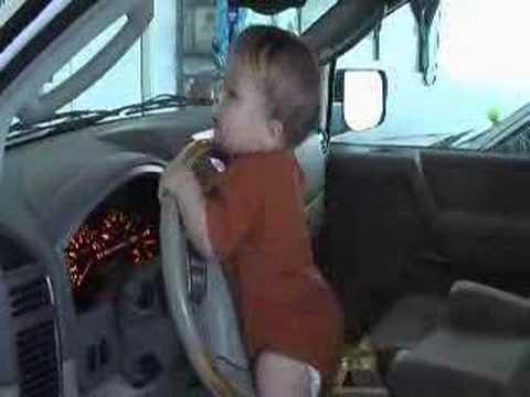 Video: Vyrai - Jų potraukis automobiliams pasireiškia dar vaikystėje