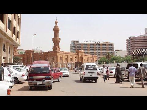 Emmanuel Macron au chevet du Soudan