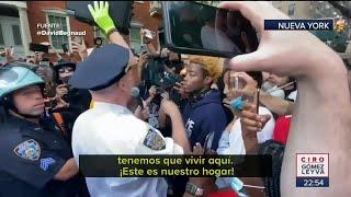 Policías y manifestantes se abrazan en Nueva York   Noticias con Ciro Gómez Leyva