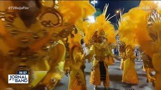 Pausa no Carnaval: Beija-Flor produz protetores faciais