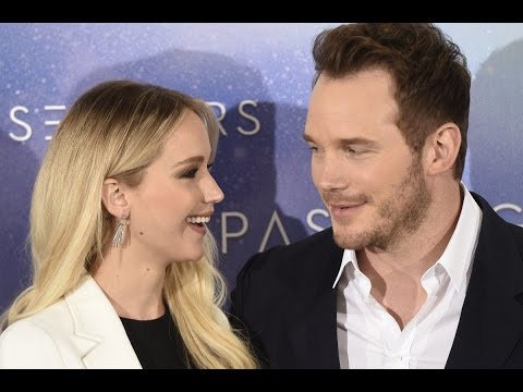 connectYoutube - Jennifer Lawrence and Chris Pratt in Berlin - Passengers Press Conference