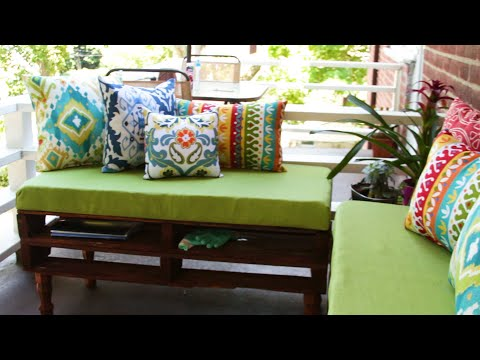 Small-Space Pallet Bench