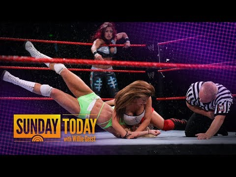 WWE's 'Raw' Turns 25 – And Continues To Evolve With The Times | Sunday TODAY