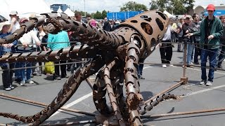 Watch the mesmerizing undulations of a giant mechanical squid