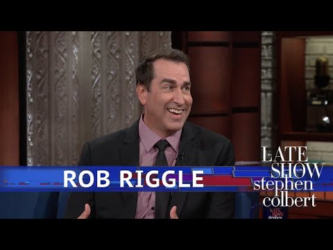 connectYoutube - Rob Riggle Plays His Old Military Boss In A New Movie
