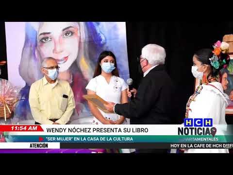 Presentan el libro Ser Mujer en la Casa de la Cultura en Intibucá
