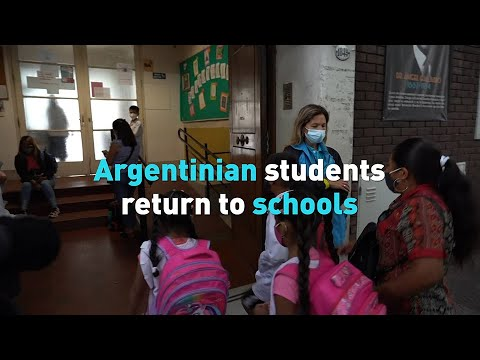 Argentinian students return to schools
