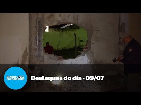 Notícias do dia: fuga em massa, jovem picado por naja e adeus à Maria do Carmo Monteiro