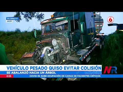 Aparatoso accidente en Jacó esta mañana