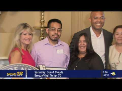 Mariano Rivera presented Scholarships at CNR