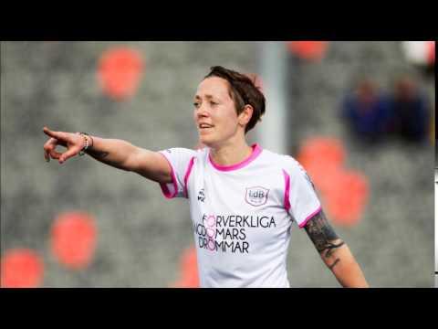 Fotbollsstjärnan Therese Sjögran gör radioreklam för KVD