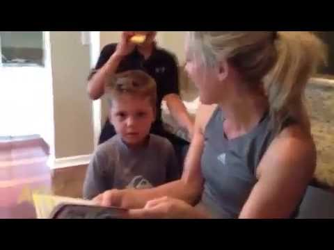 connectYoutube - this little kid has an intense reaction to a scary story 496 kbps